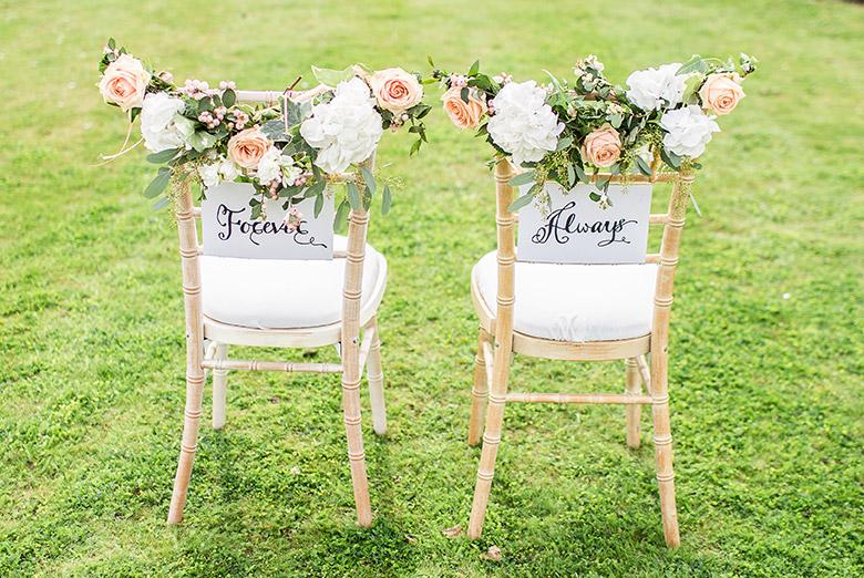 Segnaposto Matrimonio Verde Mela.Abbinare I Colori Matrimonio Verde Love The Date